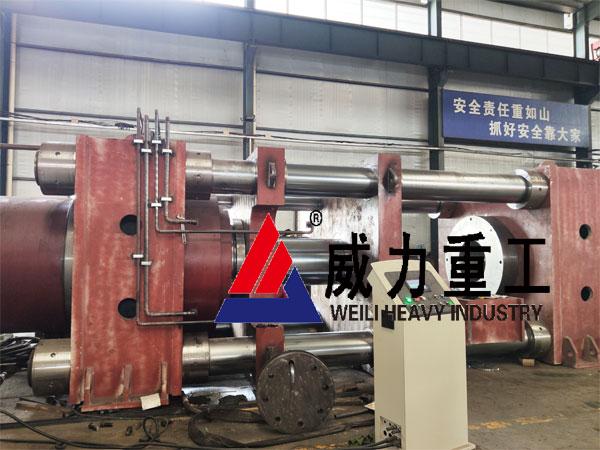 大型3000吨卧式四柱压力机车间安装调试中